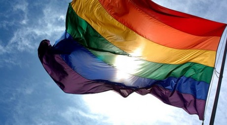 640px-Rainbow_flag_and_blue_skies-615x340