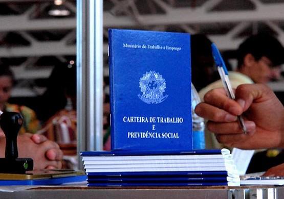 SINPRO GOIÁS - CARTEIRA DE TRABALHO00001